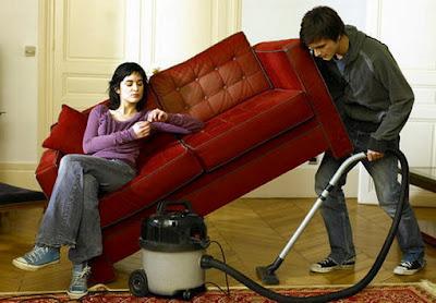 Муж - домохозяин: благо или зло?