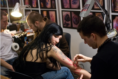 Стоит ли делать татуировку